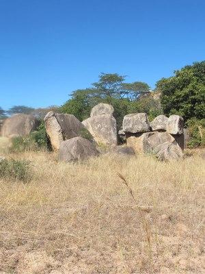 Masvingo-Boulders-(3)