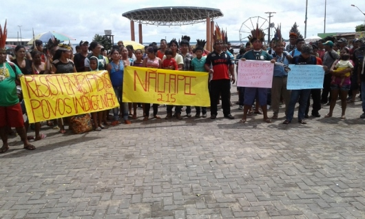 On 14 July 2016, CAFOD's partner, CIMI Tefé (Indigenous Missionary Council) organised a demonstration of indigenous leaders in defence of their rights, and presented a petition to the authorities demanding effective implementation of public policies. (Credit: CIMI Tefe)
