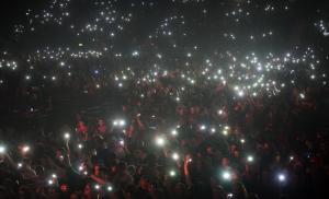 10,000 lights.